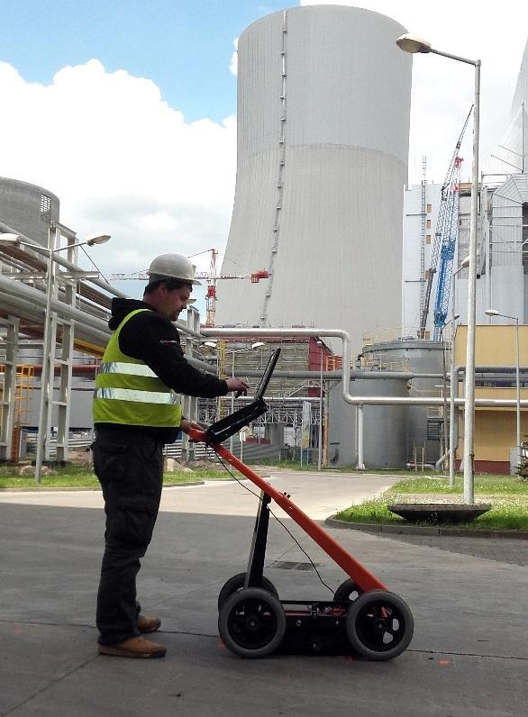 Suche nach Rohrleitungen und Kommunikationsobjekten mit VIY3 Georadaren